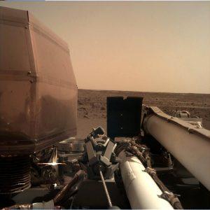 - Ds c8TlU0AE0pO2 300x300 - Insight'ın Marsa Yolculuğu